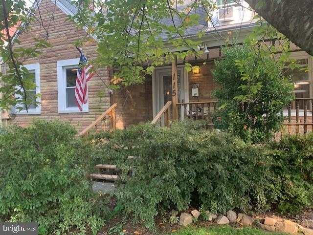 3 Bedrooms, Falls Church Rental in Washington, DC for $2,800 - Photo 1