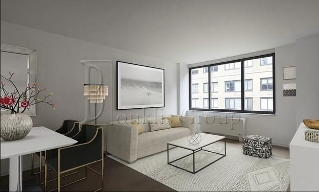 2 Bedrooms, Chelsea Rental in NYC for $8,270 - Photo 1