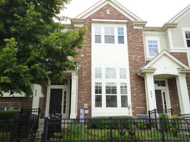 3 Bedrooms, Fox Valley Rental in Chicago, IL for $2,325 - Photo 1
