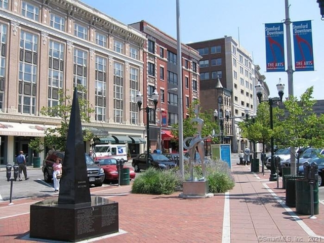 3 Bedrooms, Downtown Stamford Rental in Bridgeport-Stamford, CT for $2,725 - Photo 1