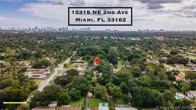 4 Bedrooms, Biscayne Gardens Rental in Miami, FL for $3,000 - Photo 1