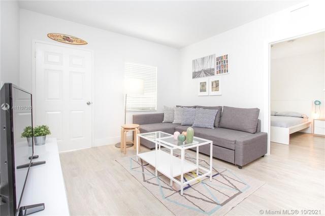 2 Bedrooms, Hamlet Rental in Miami, FL for $1,800 - Photo 1