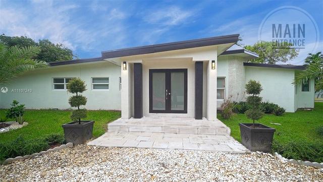 4 Bedrooms, Tom-Peg Estates Rental in Miami, FL for $8,000 - Photo 1