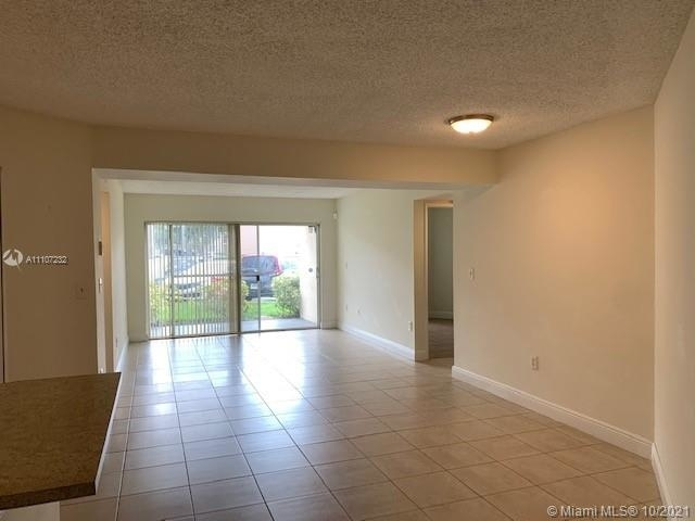 2 Bedrooms, Mediterranean at The Moors Rental in Miami, FL for $2,000 - Photo 1