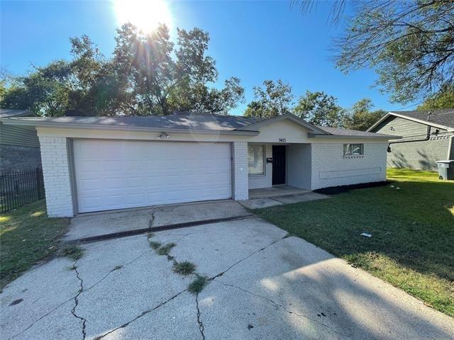 3 Bedrooms, Riverway Estates-Bruton Terrace Rental in Dallas for $1,695 - Photo 1