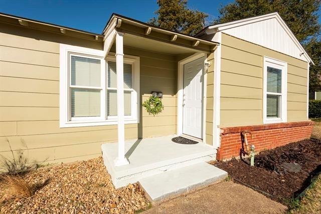 3 Bedrooms, Haggard Rental in Dallas for $2,150 - Photo 1