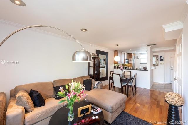 2 Bedrooms, City Center Rental in Miami, FL for $3,000 - Photo 1