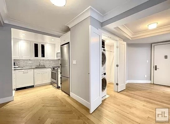 2 Bedrooms, Upper West Side Rental in NYC for $5,795 - Photo 1