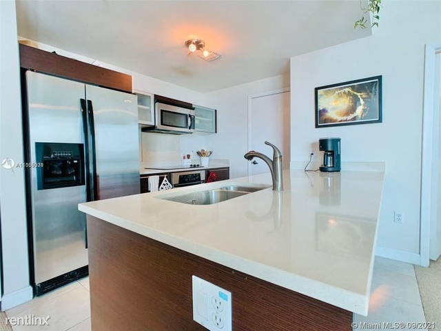 1 Bedroom, Media and Entertainment District Rental in Miami, FL for $3,000 - Photo 1