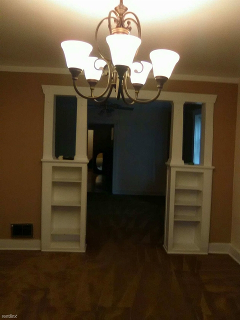 2 Bedrooms, Bridgeport Rental in Chicago, IL for $1,000 - Photo 1