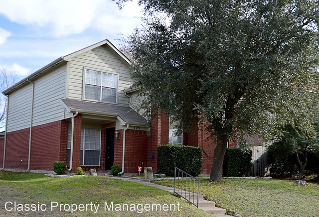 3 Bedrooms, Rushing Green at High Pointe Rental in Dallas for $1,795 - Photo 1