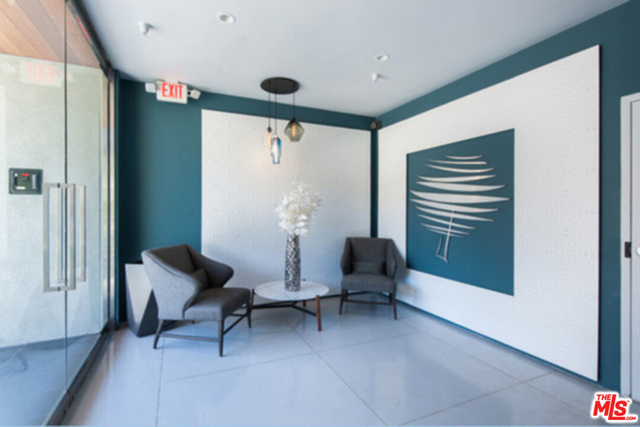 2 Bedrooms, Beverly Hills Rental in Los Angeles, CA for $6,399 - Photo 1