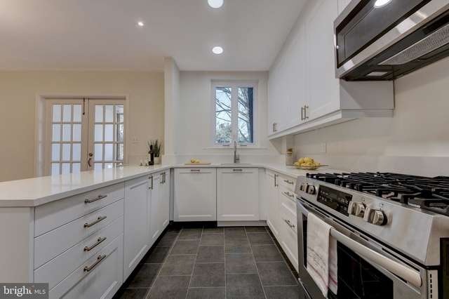 3 Bedrooms, Foxhall Village Rental in Washington, DC for $4,500 - Photo 1