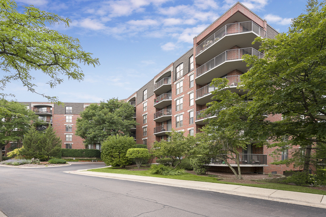2 Bedrooms, Riverplace Apartments Rental in Chicago, IL for $2,450 - Photo 1