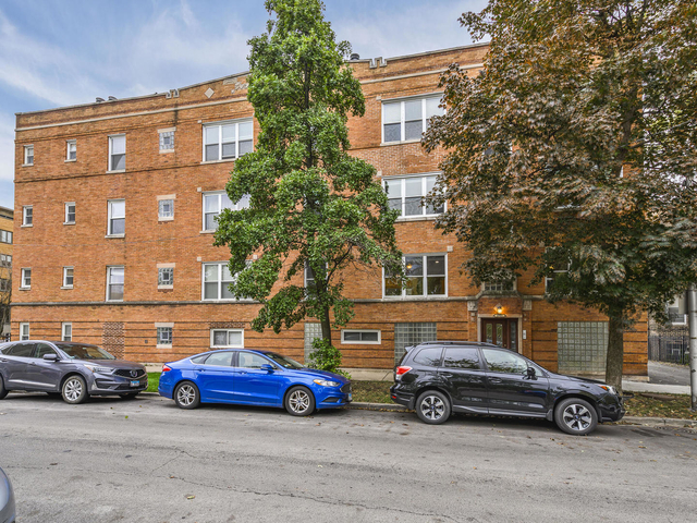 2 Bedrooms, Ukrainian Village Rental in Chicago, IL for $2,000 - Photo 1