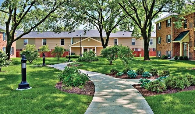 1 Bedroom, Elk Grove Rental in Chicago, IL for $1,360 - Photo 1