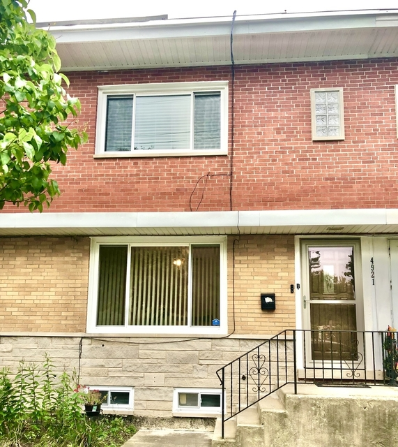 2 Bedrooms, Skokie Rental in Chicago, IL for $1,800 - Photo 1