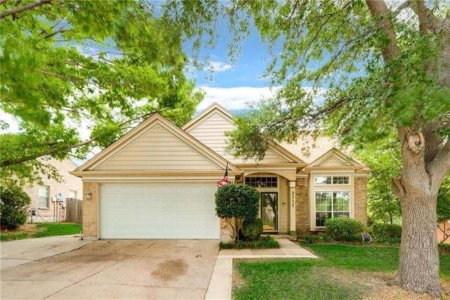 3 Bedrooms, Spinnaker Cove Rental in Dallas for $2,099 - Photo 1
