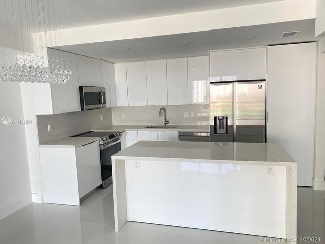 2 Bedrooms, Golden Shores Ocean Boulevard Estates Rental in Miami, FL for $4,500 - Photo 1