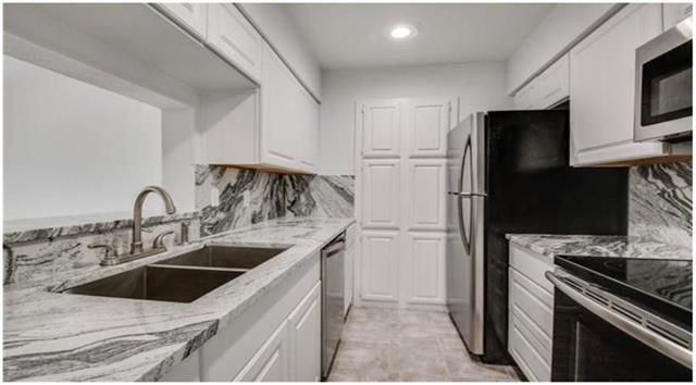1 Bedroom, The Cloisters Condominiums Rental in Dallas for $1,250 - Photo 1