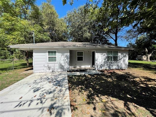 3 Bedrooms, Waxahachie Rental in Dallas for $1,495 - Photo 1