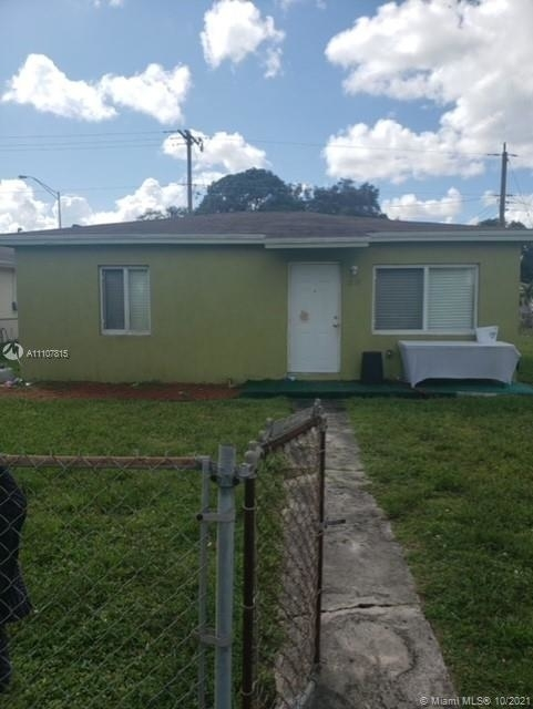 2 Bedrooms, Eleanor Park Rental in Miami, FL for $1,700 - Photo 1