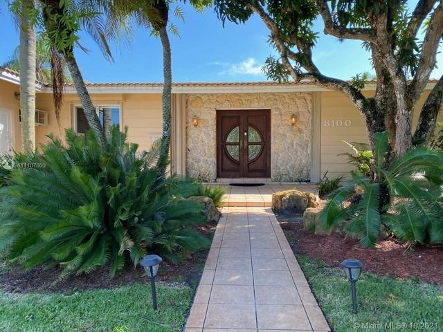 3 Bedrooms, Royal Palm Estates Rental in Miami, FL for $6,000 - Photo 1