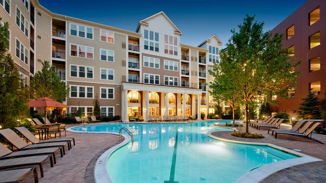 2 Bedrooms, East Rockville Rental in Washington, DC for $2,667 - Photo 1