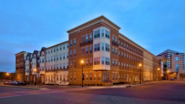 1 Bedroom, Lyon Village Rental in Washington, DC for $2,699 - Photo 1