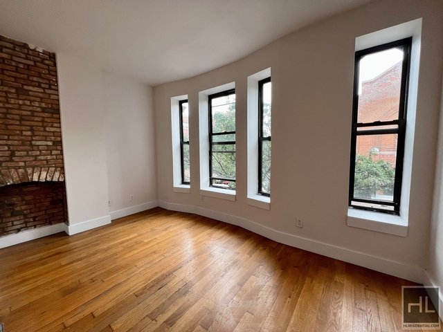 4 Bedrooms, Bedford-Stuyvesant Rental in NYC for $4,000 - Photo 1
