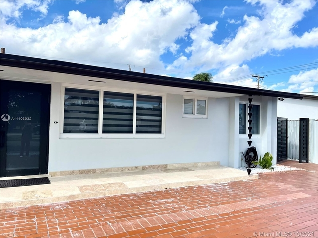 3 Bedrooms, Miller Heights Rental in Miami, FL for $3,000 - Photo 1