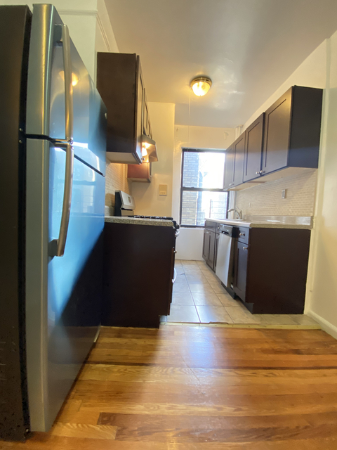 3 Bedrooms, Washington Heights Rental in NYC for $2,775 - Photo 1