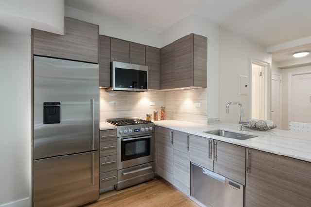 1 Bedroom, Sutton Place Rental in NYC for $3,586 - Photo 1