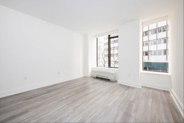 Studio, Financial District Rental in NYC for $4,290 - Photo 1