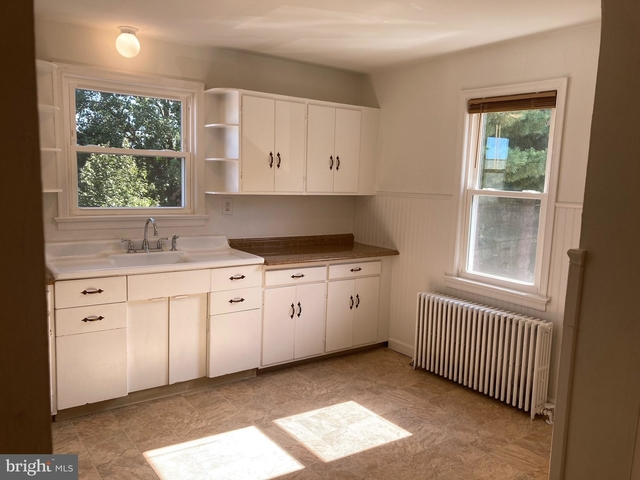 2 Bedrooms, Gloucester Rental in Philadelphia, PA for $1,200 - Photo 1