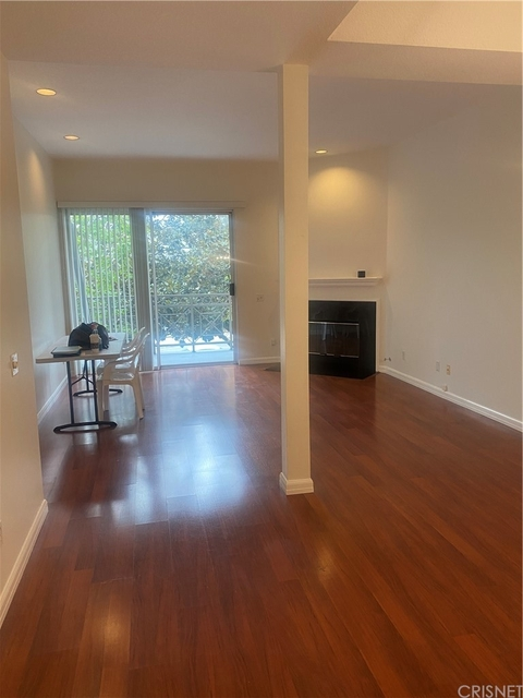 2 Bedrooms, Century City Rental in Los Angeles, CA for $3,300 - Photo 1