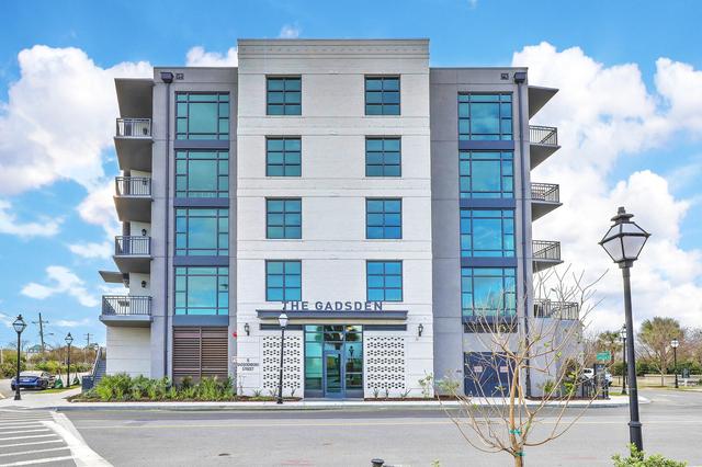 1 Bedroom, Upper Concord Street Rental in Charleston, SC for $3,225 - Photo 1