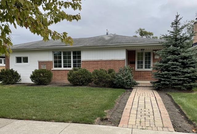 3 Bedrooms, Skokie Rental in Chicago, IL for $2,300 - Photo 1