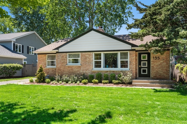 3 Bedrooms, New Trier Rental in Chicago, IL for $3,200 - Photo 1
