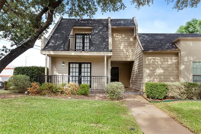 2 Bedrooms, Lake Highlands Rental in Dallas for $2,200 - Photo 1