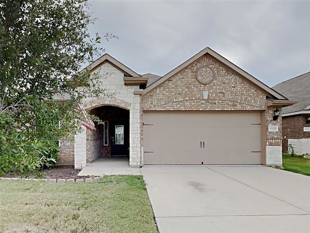 3 Bedrooms, Fort Worth Rental in Dallas for $1,999 - Photo 1
