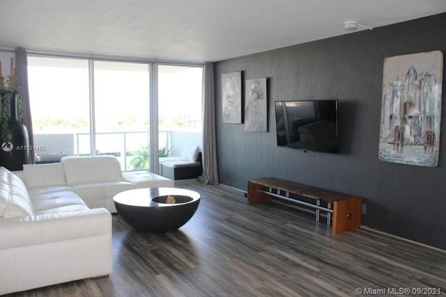 1 Bedroom, West Avenue Rental in Miami, FL for $2,900 - Photo 1