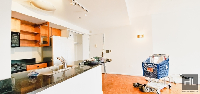 2 Bedrooms, Chelsea Rental in NYC for $3,795 - Photo 1