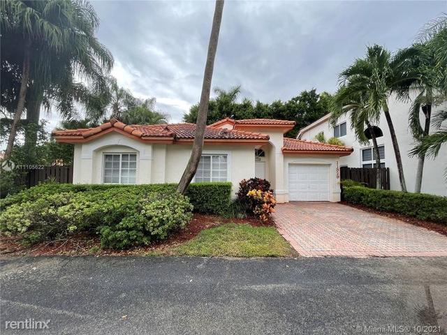 3 Bedrooms, Doral Isles Rental in Miami, FL for $3,500 - Photo 1