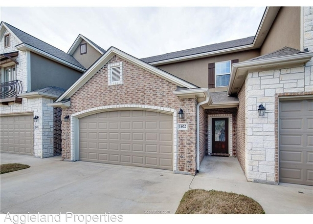 3 Bedrooms, Crescent Pointe Rental in Bryan-College Station Metro Area, TX for $1,800 - Photo 1