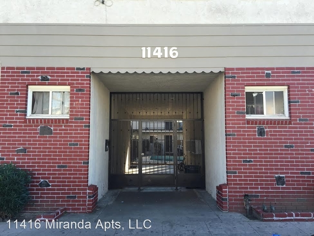1 Bedroom, Mid-Town North Hollywood Rental in Los Angeles, CA for $1,750 - Photo 1