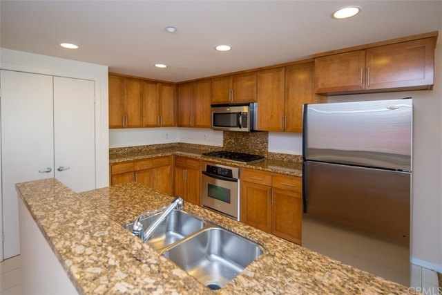 2 Bedrooms, Downtown Long Beach Rental in Los Angeles, CA for $3,295 - Photo 1