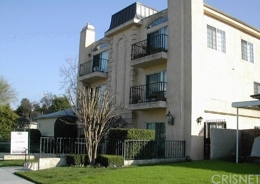 2 Bedrooms, Studio City Rental in Los Angeles, CA for $2,600 - Photo 1