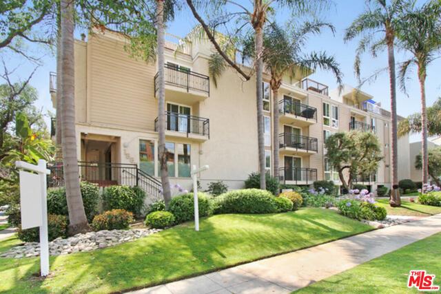 2 Bedrooms, Westside Rental in Los Angeles, CA for $3,300 - Photo 1