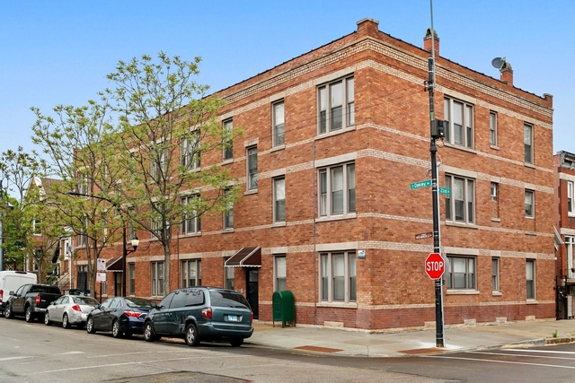 2 Bedrooms, Heart of Chicago Rental in Chicago, IL for $1,450 - Photo 1